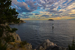 северо-западный Тихий океан заход солнца Стоковые Изображения