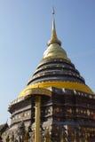 Север пагоды золота тайский Стоковые Изображения RF