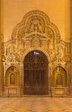 Севилья - крытый барочный каменный западный портал собора de Santa Maria de Ла Sede Стоковое Фото
