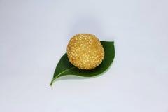 сезам шариков золотистый Стоковое фото RF