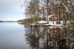 Сезонное отражение озера Стоковое Изображение