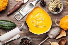 Сезонный суп тыквы стоковое фото