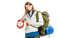Сезон времени прохождения Backpacker человека держа часы Стоковое фото RF