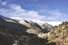 сезон снега Гора с снежком стоковое изображение rf