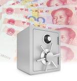 Сейф безопасностью с китайцем 100 счетов юаней Стоковое фото RF