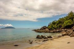 Сейшельские островы - Mahe - остров силуэта Стоковые Изображения RF