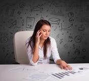 Секретарша с концепцией multitask doodle стоковая фотография
