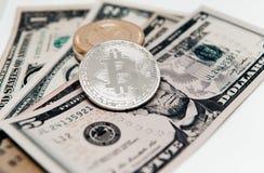 Секретная валюта на заднем плане долларов Стоковое Изображение RF