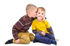 Секрет мальчиков стоковые изображения
