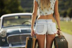 Сексуальная девушка готовая для того чтобы пойти стоковые фотографии rf