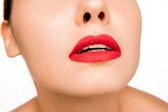 Сексуальная красная губа r стоковые изображения