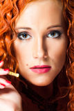сексуальное портрета волос девушки красное Стоковое фото RF