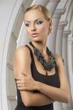 Сексуальная белокурая женщина моды Стоковые Фотографии RF