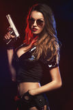 Сексуальная женщина с формой полиции Стоковые Изображения RF