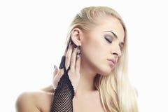 Сексуальная молодая женщина Перчатки девушки нося Стоковое Фото