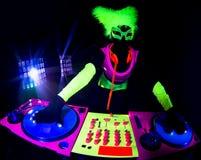Сексуальное неоновое ультрафиолетовое зарево DJ Стоковые Изображения RF