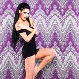 Сексуальный танцор женщины с ярким составом Стоковые Изображения