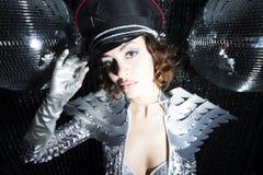 Сексуальный танцор диско в костюме решителя Стоковая Фотография