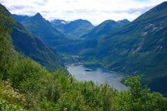 село взгляда geiranger панорамное вертикальное Стоковое Изображение RF