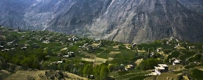 село гор стоковые изображения