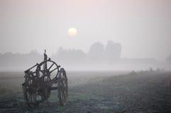 сельская местность после полудня туманная Стоковые Изображения