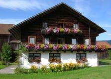 сельский дом Баварии традиционный Стоковая Фотография