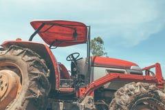 Сельскохозяйственная техника Элементы и части агро-технологии Крупный план трактора стоковое фото rf