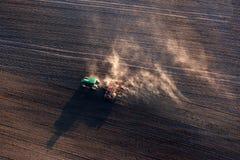 Сельскохозяйственне угодье работает на весне Стоковая Фотография RF