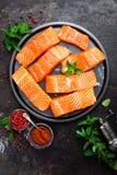 Семги семги рыб свежие Сырцовое salmon филе рыб Стоковые Фото