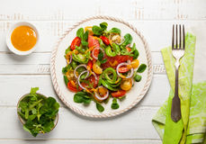 семги салата авокадоа курили Стоковое Изображение