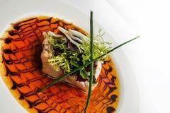 Семги, Caramelized и с зелеными цветами Стоковое Изображение