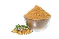 Семена кориандра, свежий кориандр и напудренный кориандр стоковые фотографии rf
