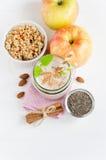 Семена chia Milkshake, овес шелушатся, взгляд сверху Стоковое Фото