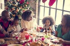 Семьи концепция торжества рождества совместно стоковая фотография