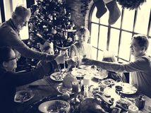 Семьи концепция торжества рождества совместно стоковые фотографии rf