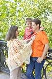 Семья беременный отец и сын матери Стоковые Изображения