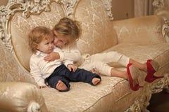 Семья, влюбленность, концепция доверия стоковые фотографии rf