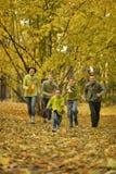 Семья в парке осени Стоковая Фотография