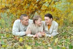Семья в парке осени Стоковая Фотография RF