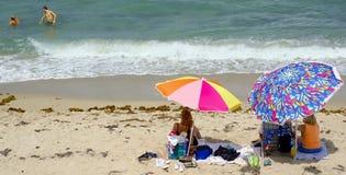 семья дня пляжа Стоковые Изображения