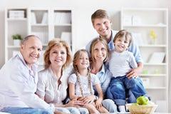 Семья дома Стоковые Фото