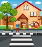 Семья держа руки пока пересекающ дорогу иллюстрация вектора