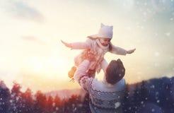 Семья и сезон зимы Стоковое Фото