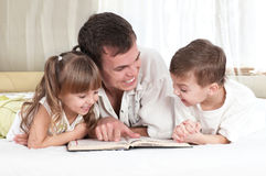 семья книги Стоковые Изображения