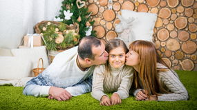 Семья матери, отца и дочери Стоковые Фото