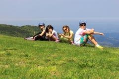 Семья на горе Стоковые Изображения RF