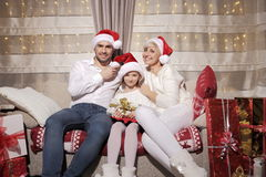 Семья на Кристмас Стоковая Фотография RF