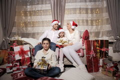 Семья на Кристмас Стоковое Фото