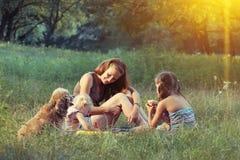 Семья на пикнике Стоковая Фотография