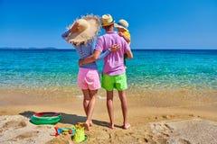 Семья на пляже в Греции каникула территории лета katya krasnodar стоковые фото